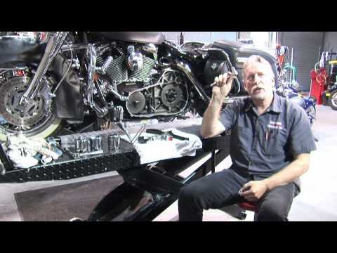 How To Do An Oil Change On A Harley Davidson Road King